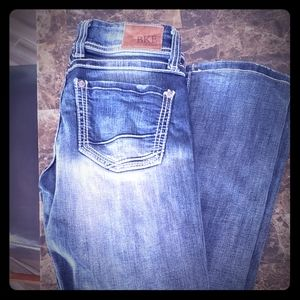 2 pairs of Buckle jeans
